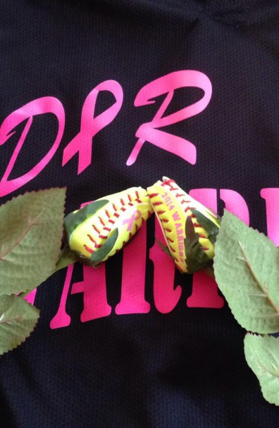 Warriors Win First Championship – Coach Present Players with Softball Roses
